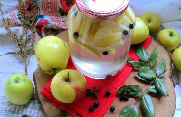 Как варить компот из яблок на зиму