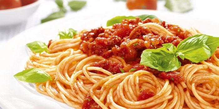 Вкусные блюда с томатным соусом – рецепты с фото